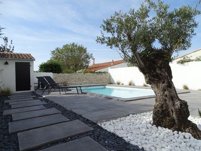 Photo for Beautiful house type 5 with heated pool