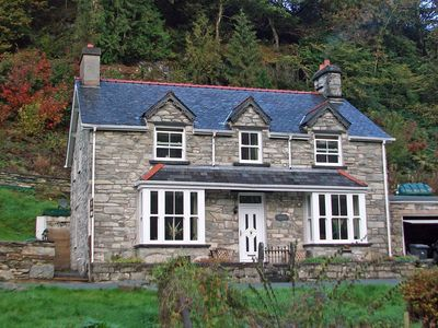 Photo for Snowdonia large cottage with plenty of adventurous activities on offer in the area