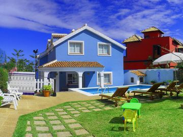 "HOLIDAY HOME ""EL MAR""  pool & garden, in front of sea in San Juan de  la Rambla"