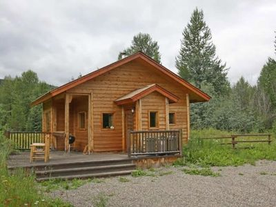 Photo for The Cozy Cabin - L.D.R.
