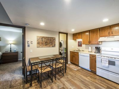 """Photo for * FREE SKI RENTAL* Updated Top Floor, 43"""" Smart HDTV, New Washer & Dryer, Fireplace, Walk to Cabrio"""