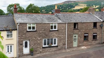 Photo for Ty Cerys - Two Bedroom House, Sleeps 4