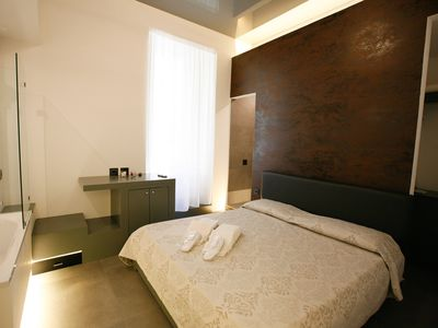Photo for Superior Double Room, Sculpture