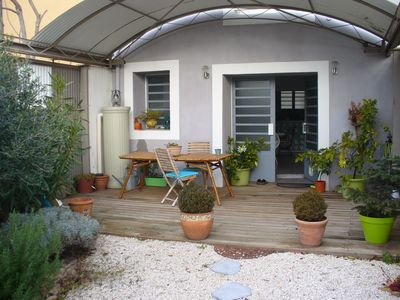 Photo for Nice holiday home style loft near Avignon