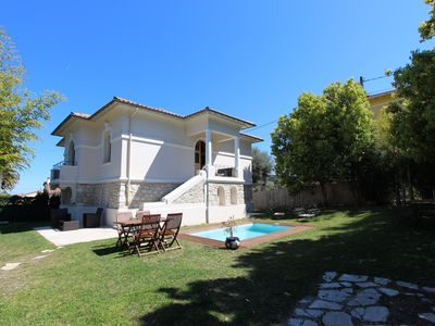 Photo for 5 bedroom villa in Cap d'Antibes with pool