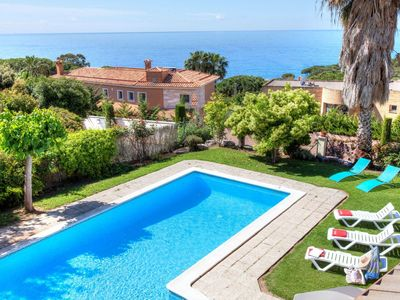 Photo for 6BR Villa Vacation Rental in Lloret De Mar, Catalonia