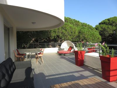 Photo for Beautiful apartment T5 new design, 100m2 terrace 150m from the sea