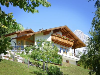 Photo for Very well kept apartment in Filzmoos with stunning views of the Dachstein