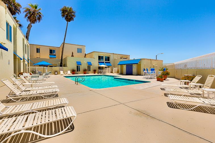 Beautiful Beach Front Condo Private Pool Steps To Sand Pier Huntington Beach Orange County