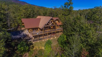 Photo for Dreaming Bears Cabin- Gorgeous View, 5 BR, Game Room, Hot Tub