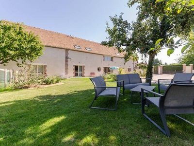 Photo for Gite Paisy-Cosdon, 5 bedrooms, 12 persons