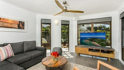 Photo for Calinda Sol 12 - Byron beachside perfection.... best location!