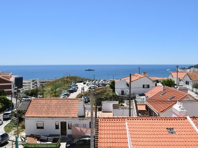 Photo for Beautiful and spacious attached villa in Sesimbra
