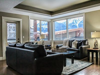 Photo for Cozy Three Bedroom Corner Suite With Great Views