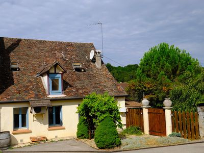 Photo for Cozy Winemaker's House, ideal for discovering the vineyards of the Côte d'Or