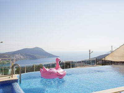 Photo for Spacious Luxurious 5 Bedroom Villa with Large Pool, near Kalkan Centre