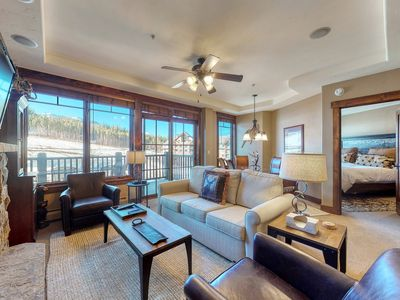 Photo for Ski-in/ski-out condo w/ views of the Colorado Rockies, hot tubs, & spa on-site!