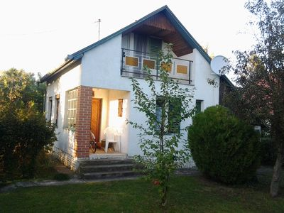 Photo for Mesteri - Hungary: Feel-good holiday house with garden near thermal bath- 25 € day- WLAN