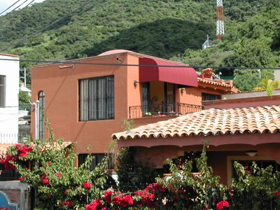 The Mexican Sunrise house also has mountain views.