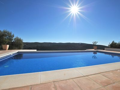 Photo for Villa 230m2, 4 modern bathrooms, swimming pool, 80km view, 3 terraces, heating. central