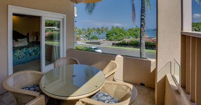 Photo for Beach Villas at Kahaluu- Condo with Central AC, Shared Infinity Pool, Walk to Beach (1 BR/2 BA)