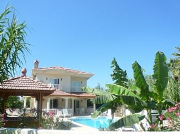 Detached Villa With Private Pool And Stunning Views