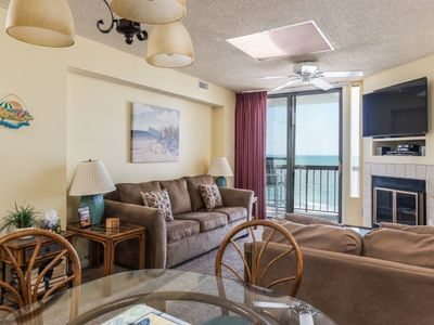 Photo for Waterpointe II - 1004 This attractively decorated condo is bright and filled with airy ambiance.