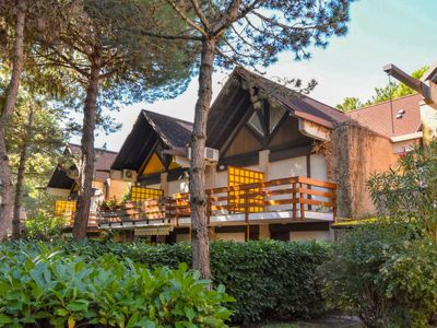 Photo for Lignano Riviera Apartment, Sleeps 6 with Air Con
