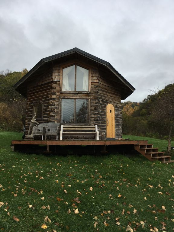 Remote Wilderness Beachfront Cabin Near Kil Vrbo