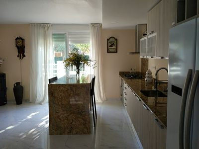 Photo for Modern 3 Bedroom Townhouse