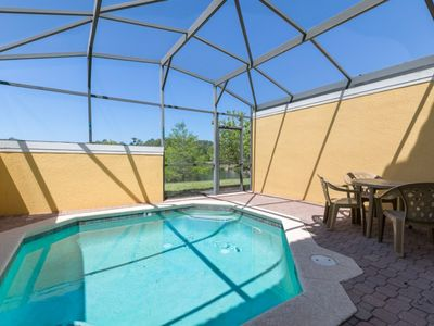 Photo for 3 Bedrooms 2.5 Bathroom with pool - Encantada - 5 miles to Disney