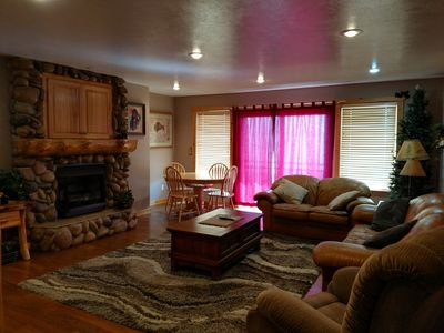 Photo for 874#1, 3 Bed, 3 bath on 3 levels Lake View Condo sleeps 12