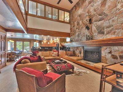 Photo for Lower Deer Valley 3 Bedroom + Loft, 3 Bath, Hot Tub and Views, Close to Ski