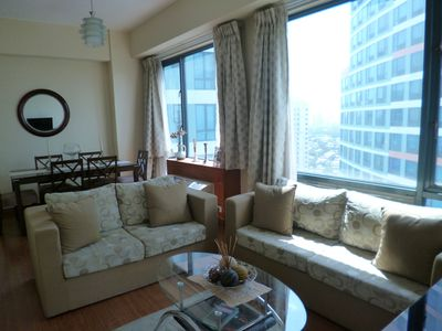 Photo for Spacious 1BR condo in Eastwood City
