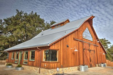 Flying Spur Ranch Modern Rustic Barn House Big Views Open