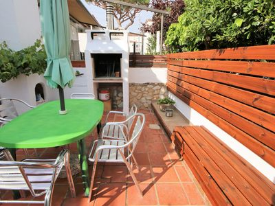Photo for House 70 meters from the beach! Sea view, Terrace and Barbecue