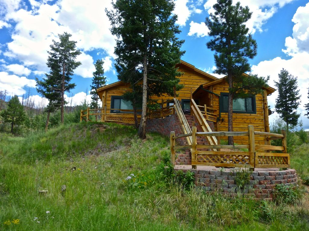 Property Image#9 Pikes Peak Resort   Angler Cove Cabin   Where Wilderness U0026  Luxury