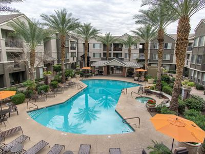 Photo for Contemporary Comfort, Resort Style, Condo in Central Phoenix
