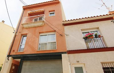 Photo for 4BR Apartment Vacation Rental in Pineda de Mar