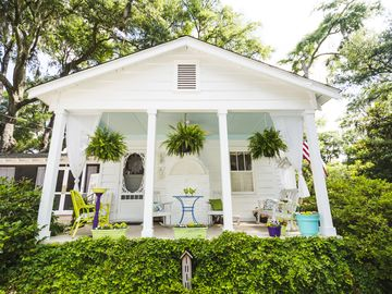 Cottage tiny house living accommodation in beaufort for for Carolina island house cost to build