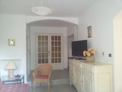 Photo for Charming apartment in villa with private garden in a quiet