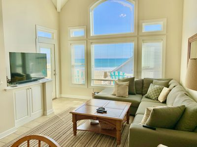 Photo for Oceanview Townhome - Pool, Wifi, 5 Flat Panel TVs