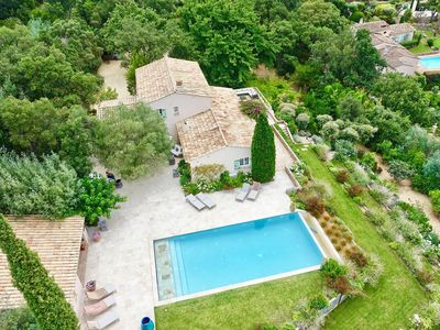Photo for Exceptional 7 Bedroom Provençal Villa near St. Tropez with Sea Views