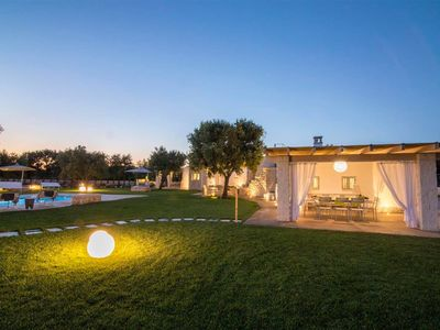 Photo for Stunning 4 bed trullo in Puglia. A/C. Private pool, incredible gardens