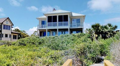 """Photo for Ready After Hurricane Michael! Privacy and Beauty - Beachfront Plantation Retreat! Screened Porch, Free Beach Gear, Wi-Fi, 4BR/3.5BA """"About Time"""""""