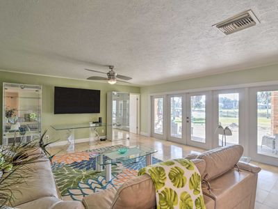 Photo for NEW-Waterfront Crystal River Home w/Dock, Fire Pit