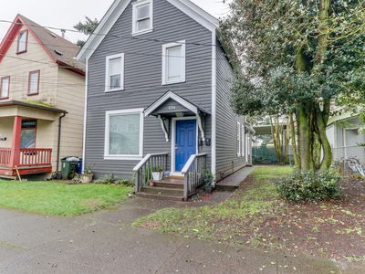 Photo for NEW LISTING! Trendy duplex w/ full kitchen, WiFi, near downtown & waterfront!