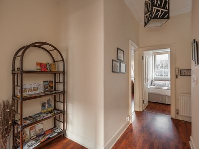 Photo for 3 BEDROOM BEAUTIFUL SPACIOUS APARTMENT IN THE HEART OF SCOTLAND