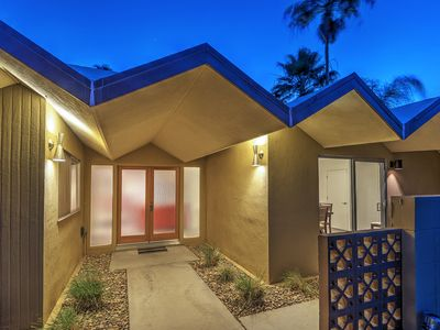 Photo for Spacious 3 Bedroom in Central Palm Springs
