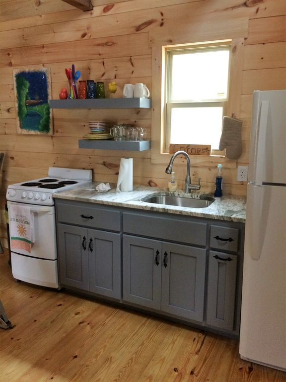 tiny house oven. Kitchen With Granite Counter, Full Size Fridge, Small Oven. Tiny House Oven